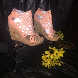 Coral color beautiful wedge shoe (new-in the box)